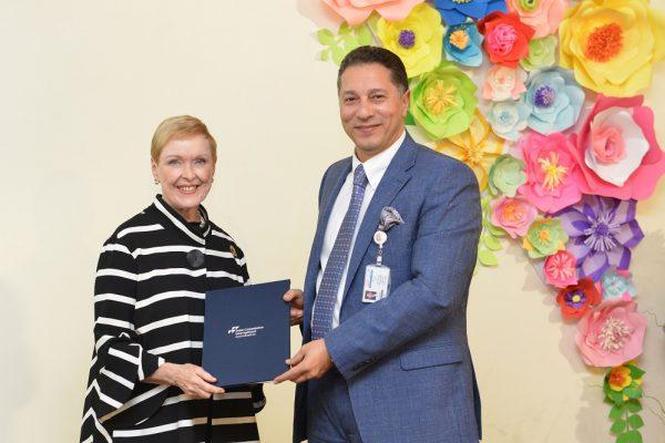 """""""مستشفى الزهراء دبي"""" ينال اعتمادين من اللجنة الدولية المشتركة لجودة الخدمة الصحية"""